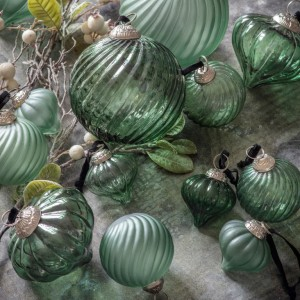Judas 90mm Green Large Fluted Baubles Spruce Trees Decoration