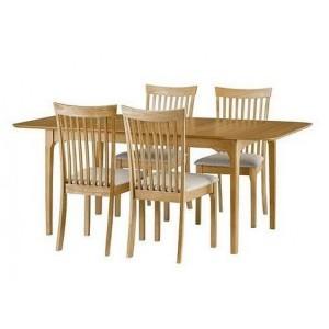 Julian Bowen Ibsen Oak Extending Dining Table with 4 Ibsen 7 Slat Dining Chair
