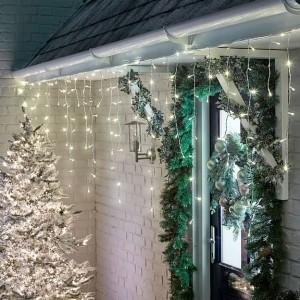 Nova Garden TWW 960 Warm White LED Snowing Icicle Lights