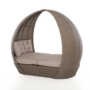Maze Rattan Garden Harrogate Daybed with Weatherproof Cushions