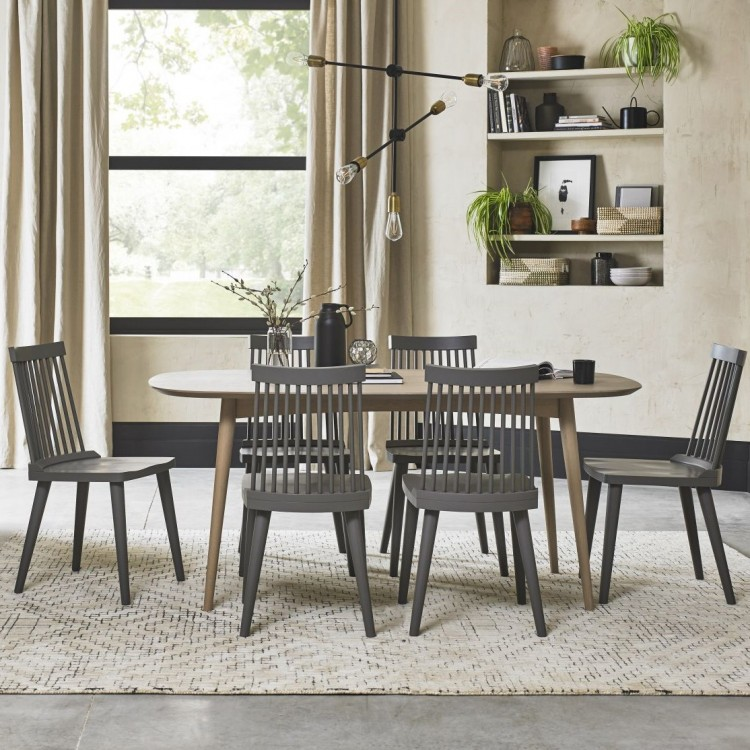 Bentley Designs Dansk Oak Furniture 4 6 Seat Dining Table