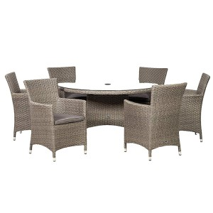 Royalcraft Paris 6 Seater Round Dining Set & Weather-Shield Cushions