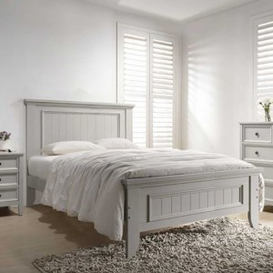 Vida Living Mila Clay 5ft Kingsize Panelled Bed