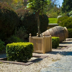 Alexander Rose Garden Furniture Roble Planter
