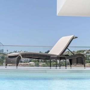 Alexander Rose Ocean Bronze Garden Fiji Adjustable Sunbed Set