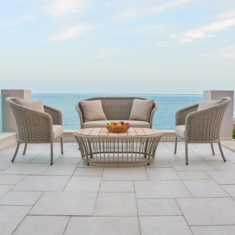 Lounge & Sofa Sets