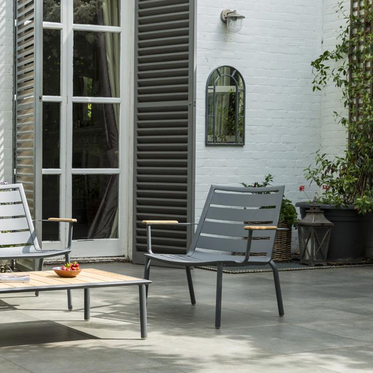 Metal Garden Lounge Chairs