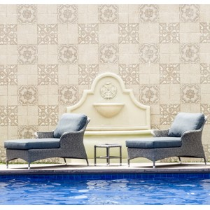 Alexander Rose Monte Carlo Garden Relax Loungers and Side Table Set