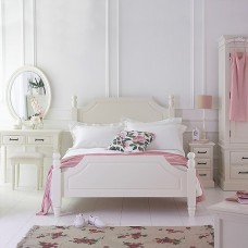 Cream & Ivory Painted Furniture