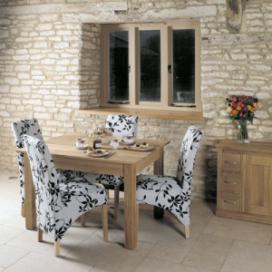 Mobel Oak Furniture 4 Seater Dining Table