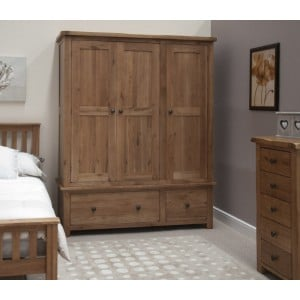 Homestyle Rustic Style Oak Furniture Triple Wardrobe